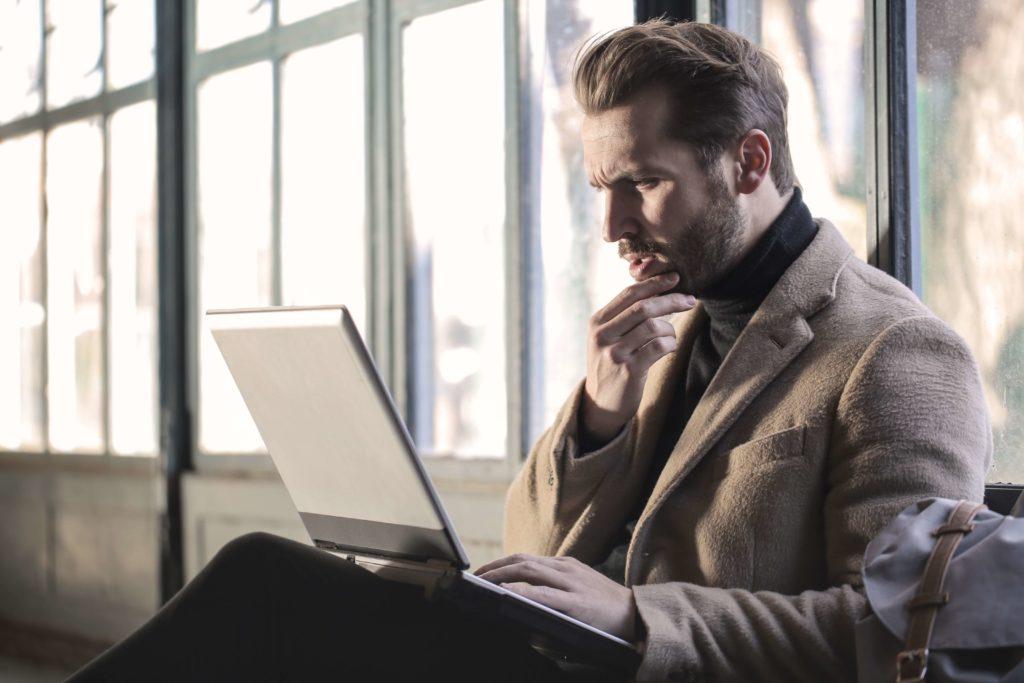 Matchbanker te informa de cómo funciona Instantor para pedir un minicrédito